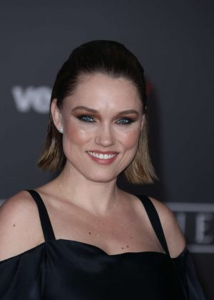 Clare Grant - 'Star Wars Rouge One' Premiere in Hollywood