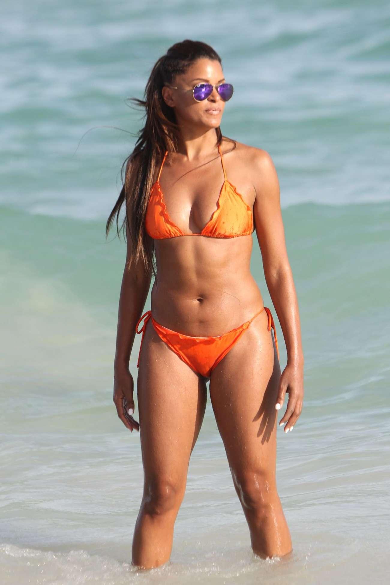 Claudia Jordan And Annie Ilonzeh In Bikini -08  Gotceleb-7280