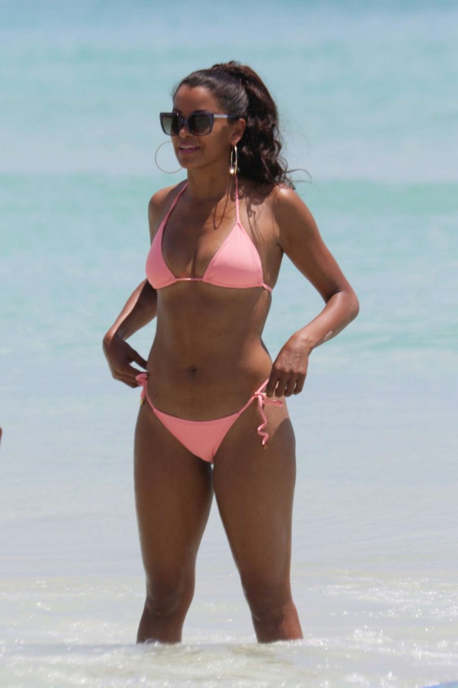 Claudia Jordan in Pink Bikini in Miami
