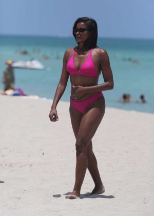 Claudia Jordan in Pink Bikini on Miami Beach