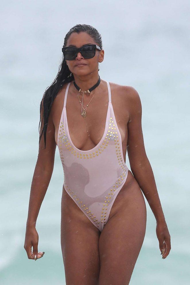 Claudia Jordan In White Swimsuit 2017 16 Gotceleb