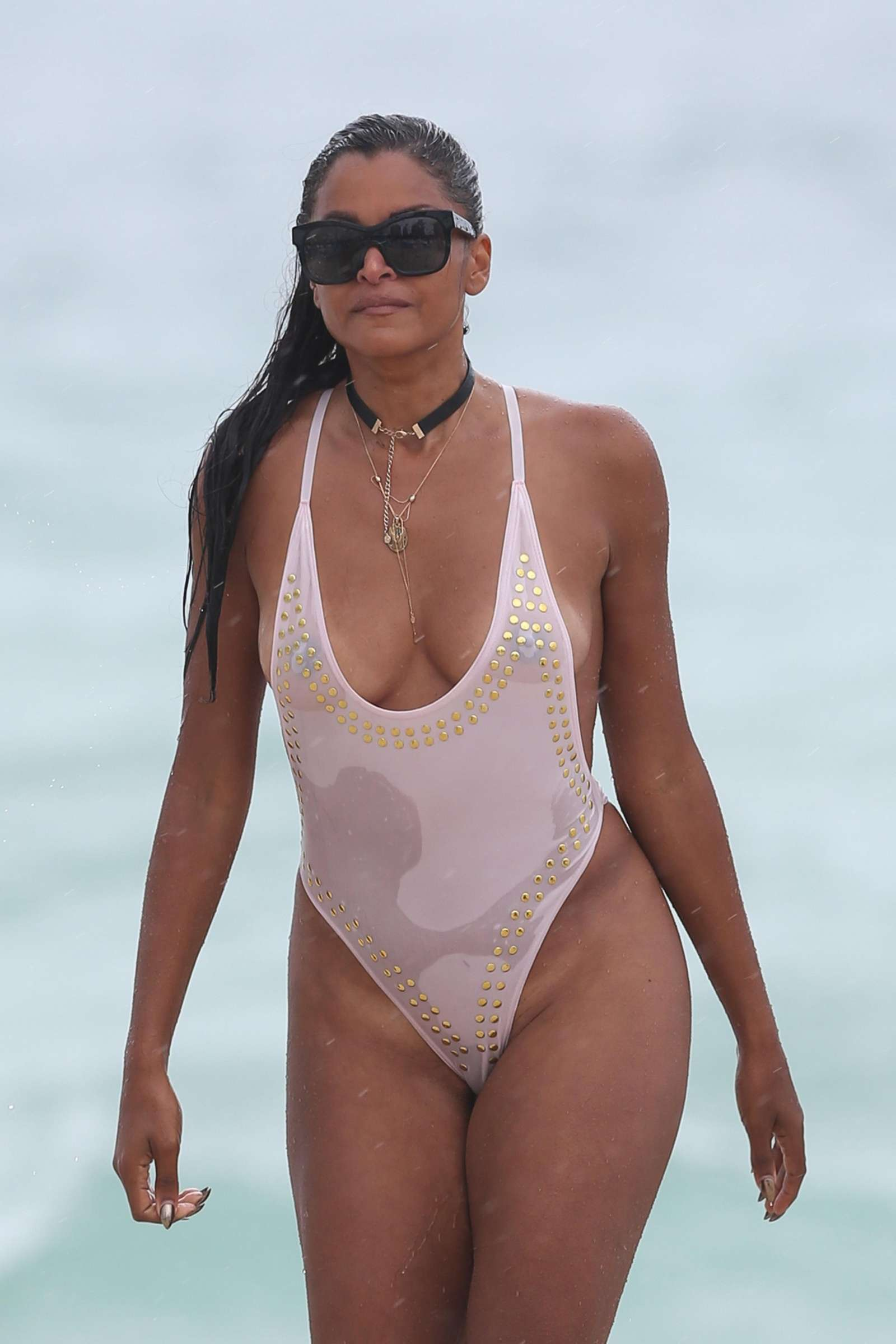 Claudia Jordan in White Swimsuit 2017 -16 - GotCeleb мэрайя кэри