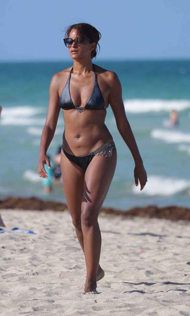 Claudia Jordan – Wearing Bikini on Miami Beach