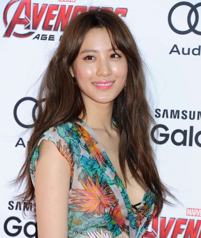 """Claudia Kim – """"Avengers: Age Of Ultron"""" Premiere in Hollywood"""