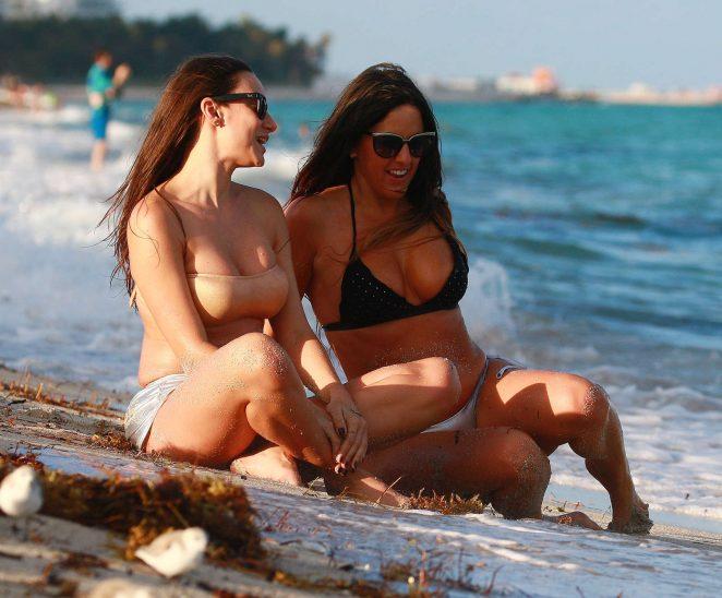 Claudia Romani and Elisa Scheffler in Bikini on the beach in Miami