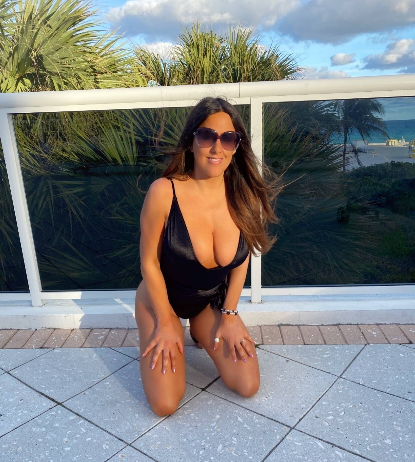 Claudia Romani - During photo shoot for PrettyLittleThing in Miami Beach