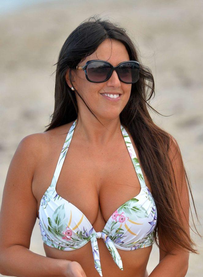 Claudia Romani in Bikini 2017 -29
