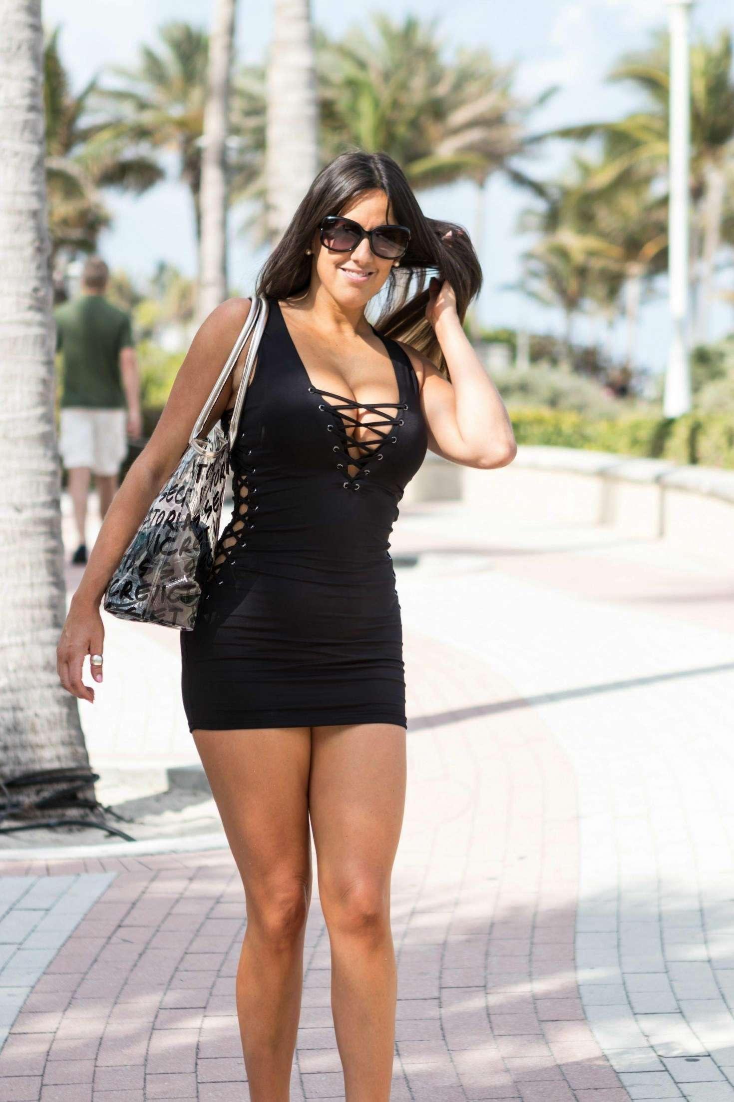 Claudia Romani In Black Mini Dress 06 Gotceleb