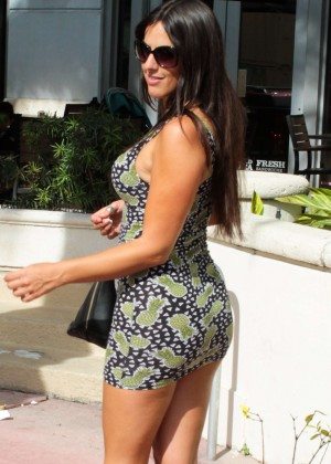 Claudia Romani in Short Dress out in Miami