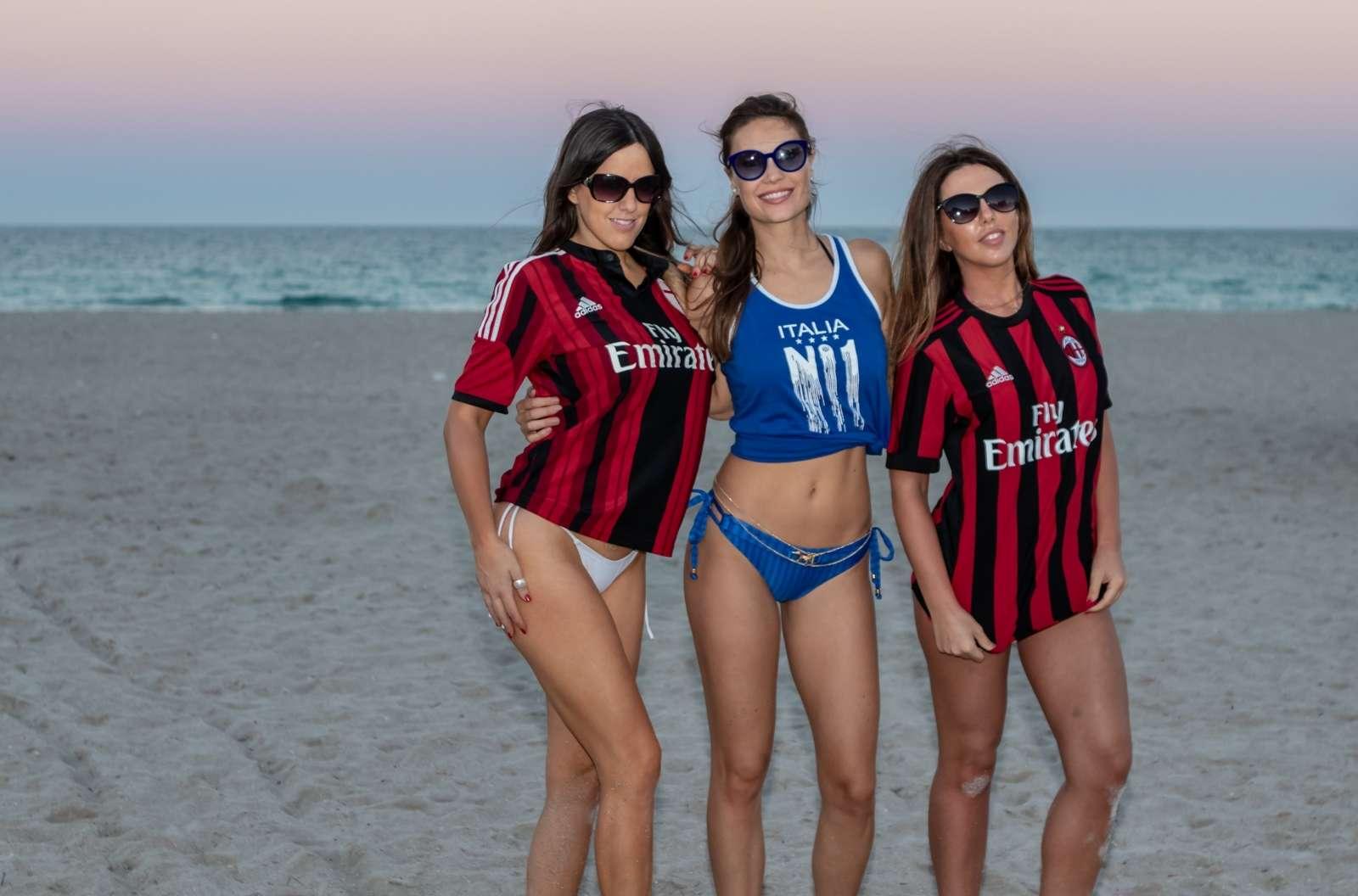 Claudia Romani 2018 : Claudia Romani, Laura Bragato and Julia Pereira in Bikini and Soccer Jerseys -04