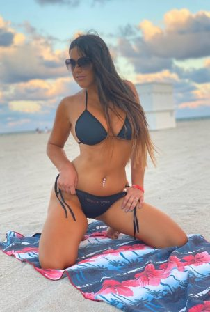 Claudia Romani - Tower Love photoshoot in Miami Beach