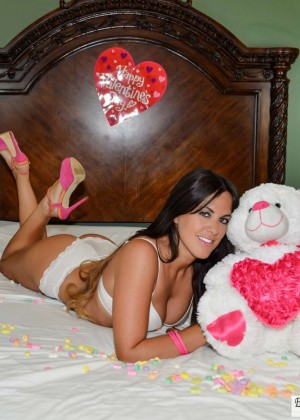 Claudia Romani: Valentines Day Photoshoot 2015 -07