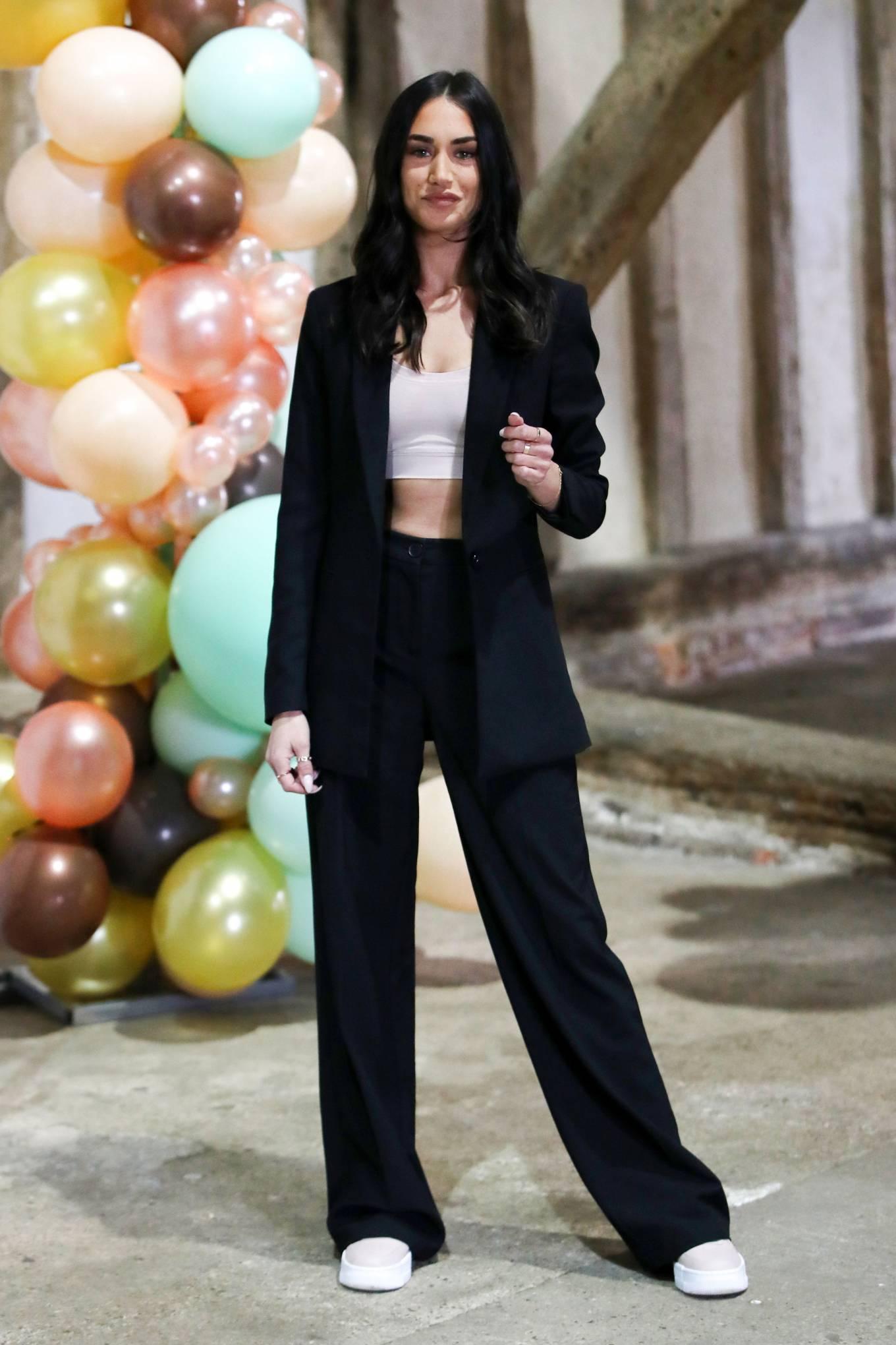 Clelia Theodorou 2021 : Clelia Theodorou – The Only Way is Essex TV Show filming in Braintree-04