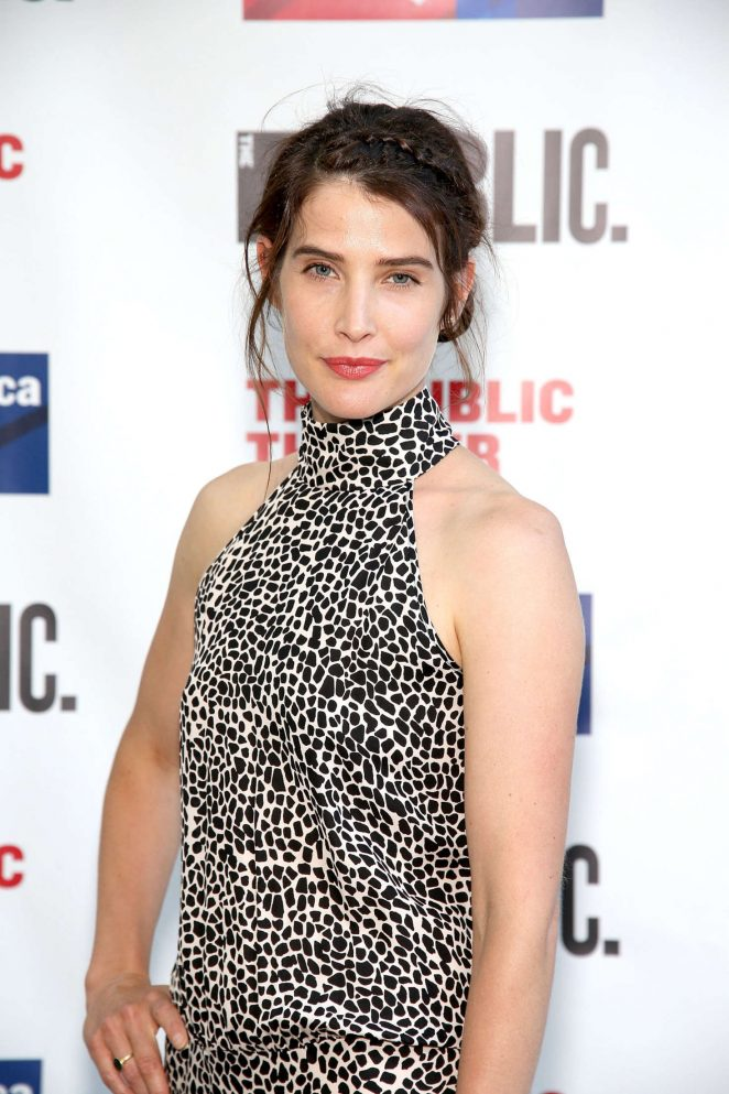 Cobie Smulders – 2016 Public Theater Gala in New York City