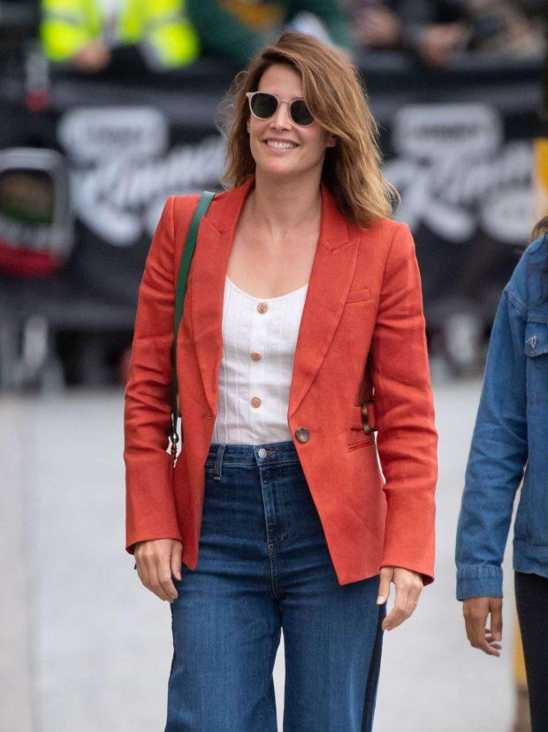 Cobie Smulders - Arrives at Jimmy Kimmel Live! in Los Angeles