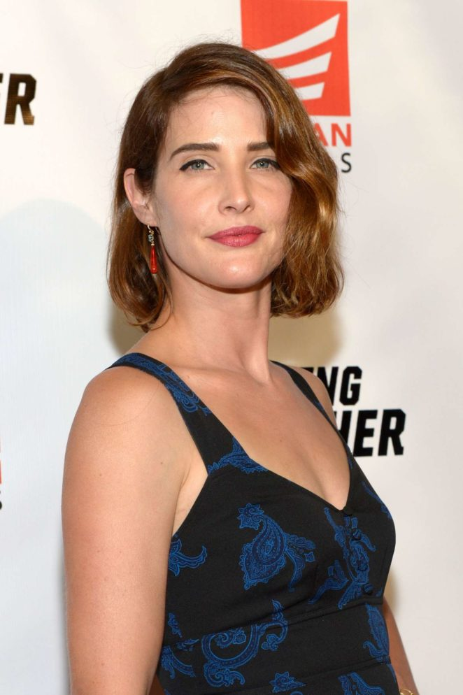 d2631ccb064e9 Cobie Smulders –  Killing Gunther  Screening in Los Angeles – GotCeleb