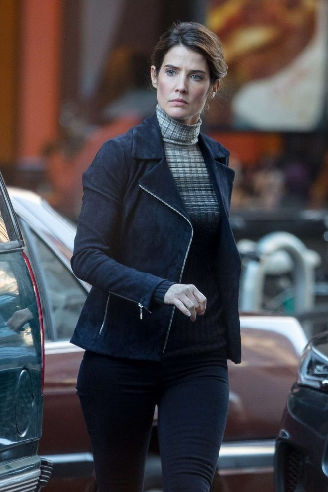 Cobie Smulders - On the set of their upcoming Marvel hit in Atlanta