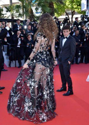Coco Konig - Loveless premiere - 2017 Cannes film festival
