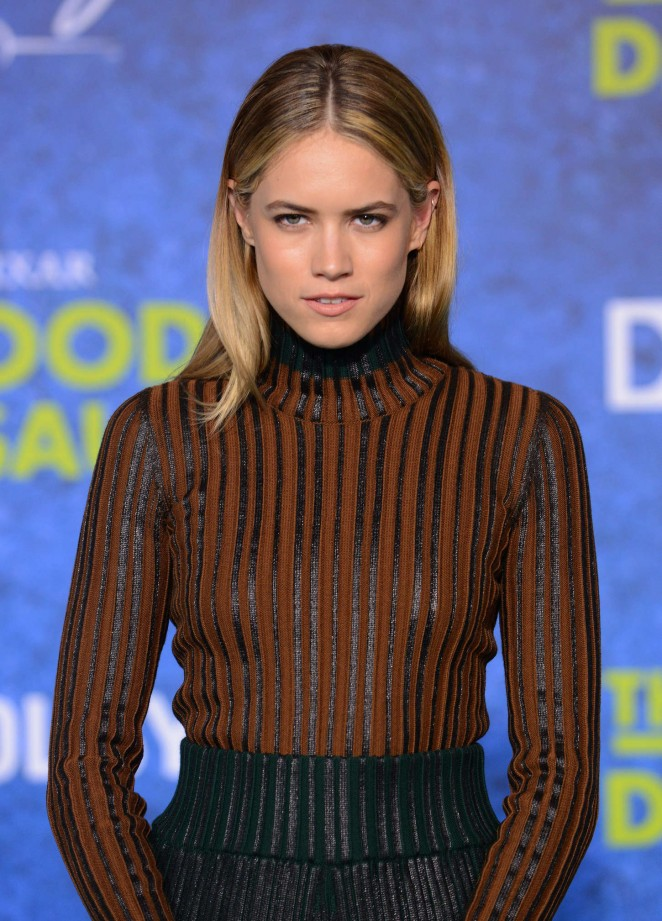Cody Horn - 'The Good Dinosaur' Premiere in Hollywood