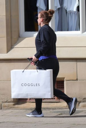 Coleen Rooney - Shopping in Cheshire