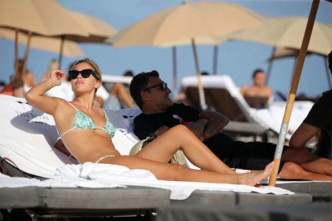 Constance Caracciolo 2017 : Constance Caracciolo in Bikini Sunbathing -18
