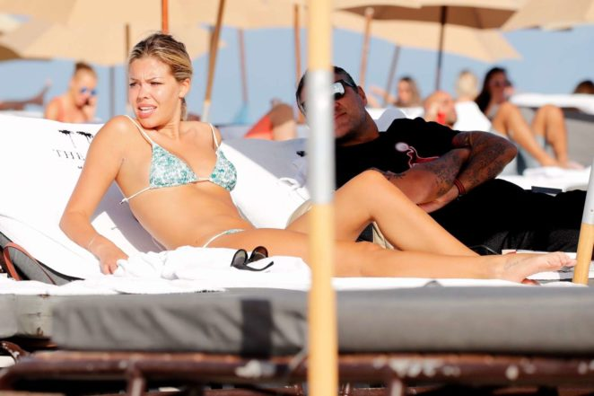 Constance Caracciolo 2017 : Constance Caracciolo in Bikini Sunbathing -21