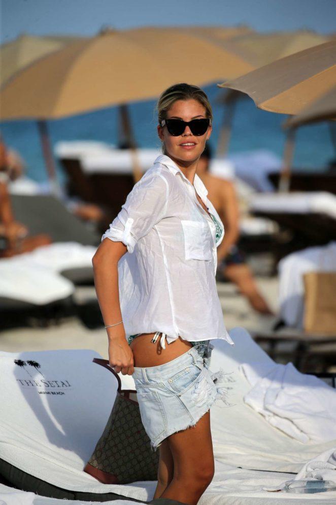 Constance Caracciolo 2017 : Constance Caracciolo in Bikini Sunbathing -33