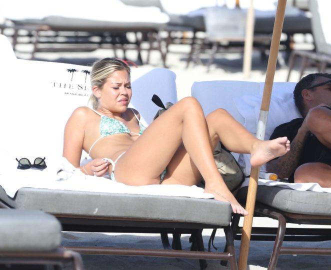 Constance Caracciolo 2017 : Constance Caracciolo in Bikini Sunbathing -38
