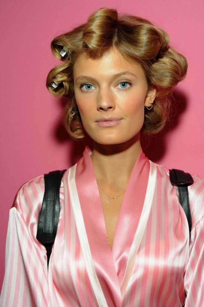 Constance Jablonski - 2015 Victoria's Secret Fashion Show in New York