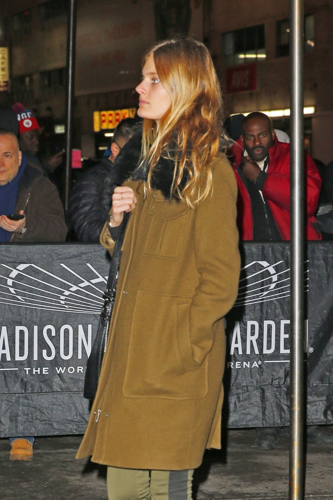 Constance Jablonski - Attends the Knicks vs Warriors NBA Game in New York