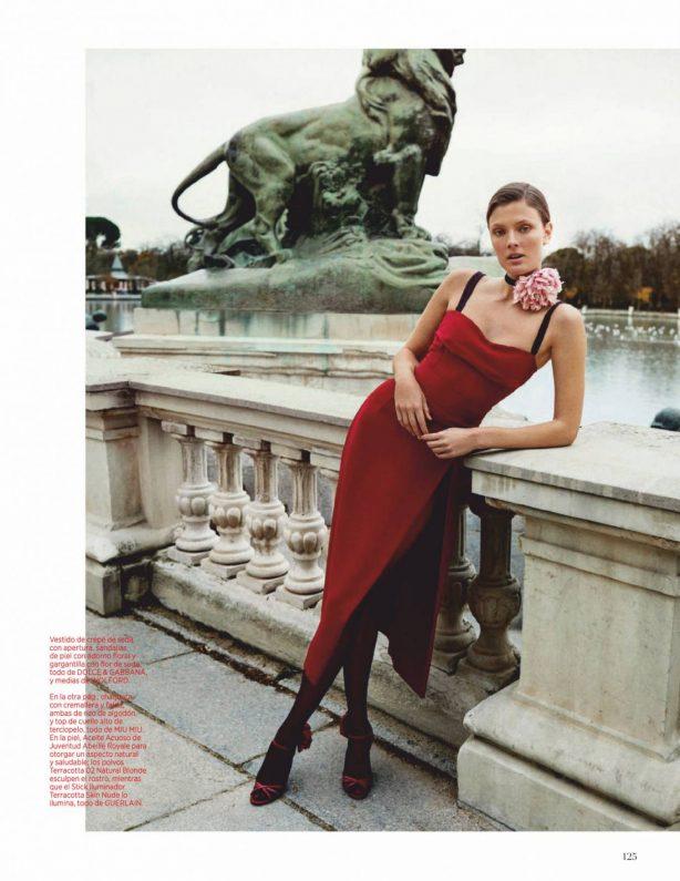 Constance Jablonski - Harper's Bazaar Espana - February 2021