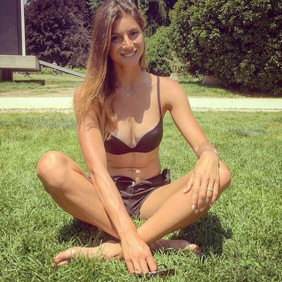Claudia D Sexy personal trainer - 100 Pics - xHamstercom