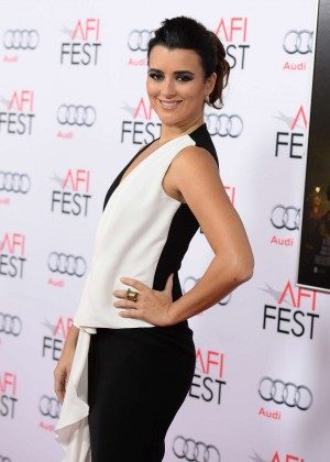Cote de Pablo - 'The 33' Premiere in Hollywood