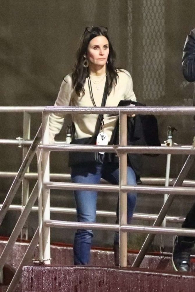 Courteney Cox - Arrives at Chris Cornell Tribute Concert in Inglewood