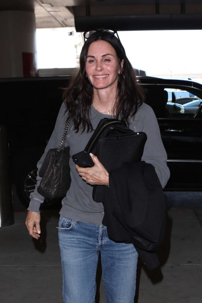 Courteney Cox - Arriving at LAX Airport in Los Angeles