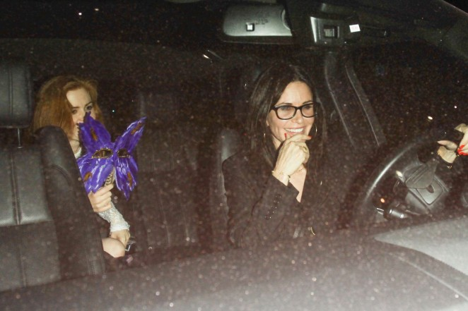 Courteney Cox at Reese Witherspoons 40th Birthday Party -08