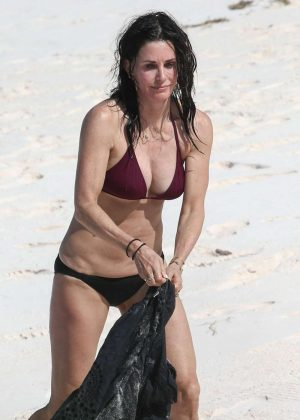 Courteney Cox in Bikini on the beach in Bahamas