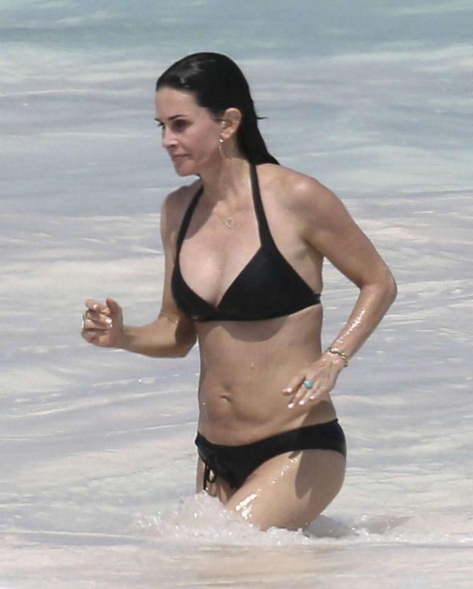 Courtney Cox Bikini