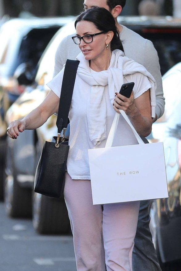 Courteney Cox in Pink Sweatpants - Shopping on Melrose Place in West Hollywood