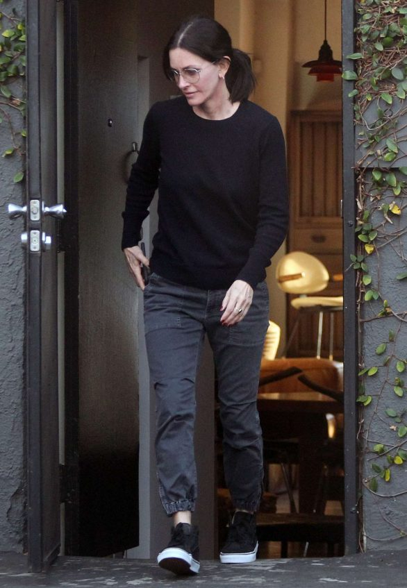 Courteney Cox - Leaving Galerie Half in Hollywood