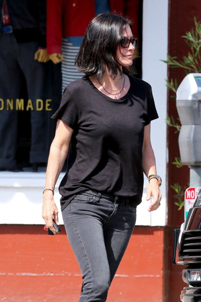 Courteney Cox in Tight Jeans Out for lunch in Brentwood