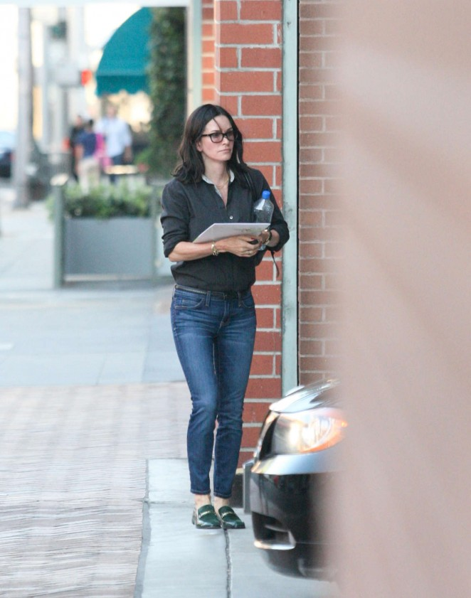 Courteney Cox out in Beverly Hills -02