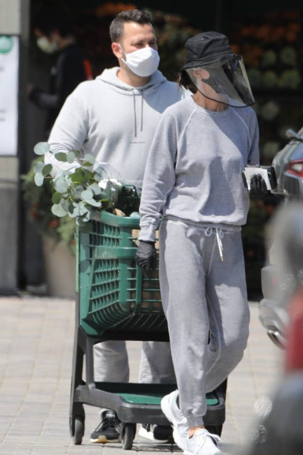 Courteney Cox - Shopping at Whole Foods