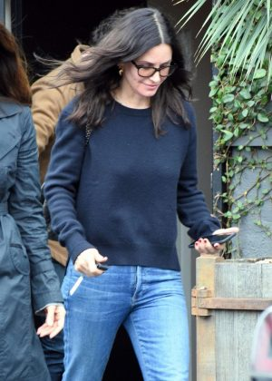 Courteney Cox - Shopping for furniture in West Hollywood
