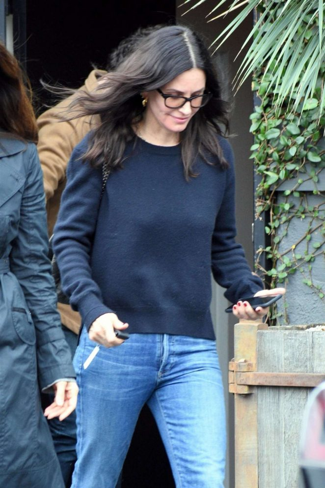 Courteney Cox: Shopping for furniture in West Hollywood -02