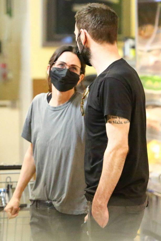 Courteney Cox - With Boyfriend Johnny McDaid shopping in Malibu