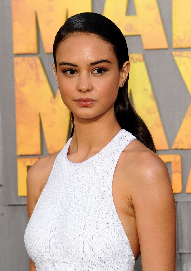 Courtney Eaton - 'Mad Max: Fury Road' Premiere in Hollywood