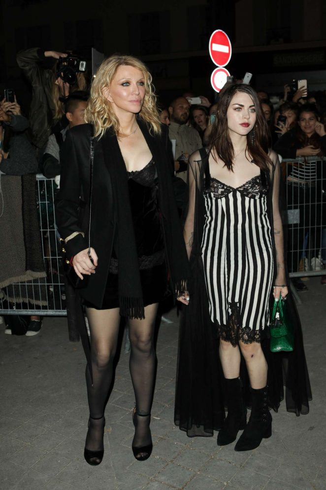 Courtney Love and Francis Bean Cobain – Givenchy Show 2017 in Paris