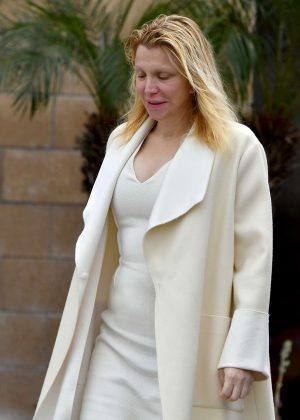 Courtney Love - Leaves a buddhist temple in West Hollywood