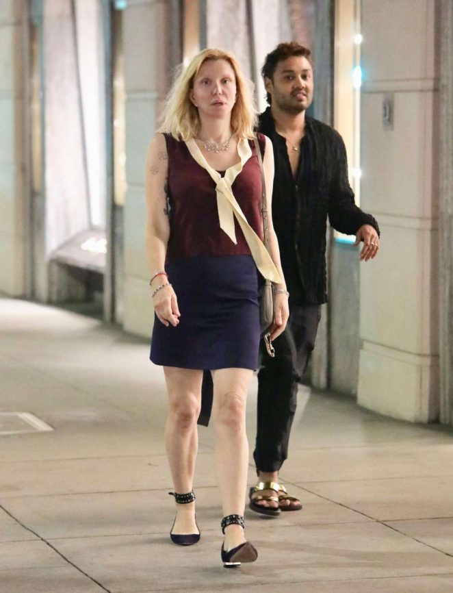 Courtney Love – Leaving Gucci in Beverly Hills